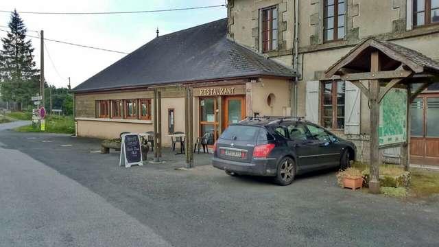 Café des Enfants à La Lanterne 23 à Saint Goussaud