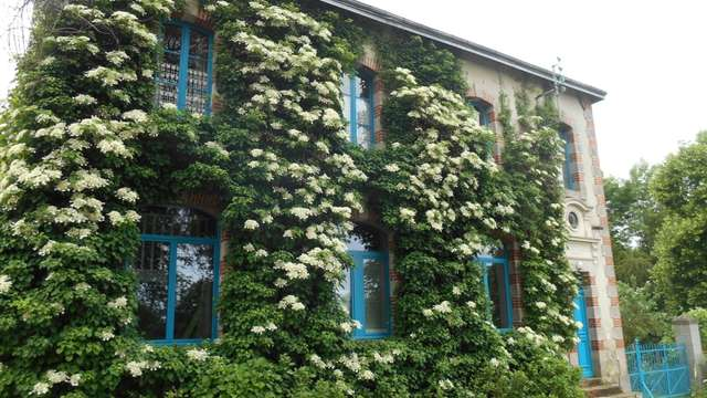 Bed and Breakfast - L'Ecole Buissonnière - (The Truancy)