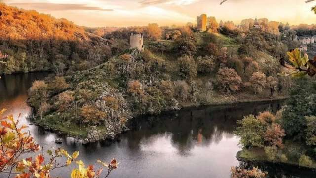L'ancienne forteresse médiévale de Crozant
