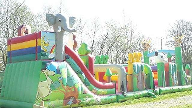 Parc de loisirs et structures gonflables du Chalet des Pierres Jaumâtres
