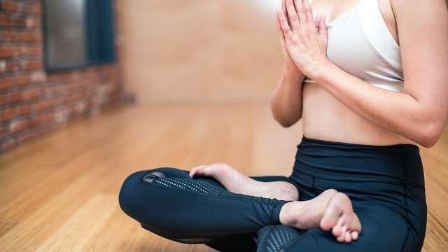 SUSPENDU Cours de Yoga