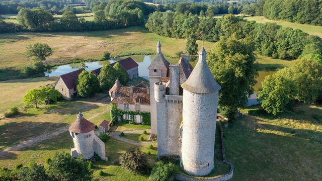 Villemonteix Castle