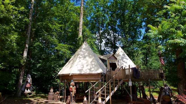 Village de tipis du camping d'Aleth