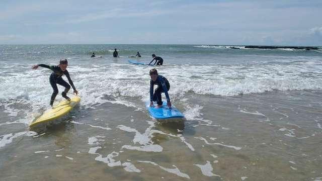 Ecole de Surf and Rescue