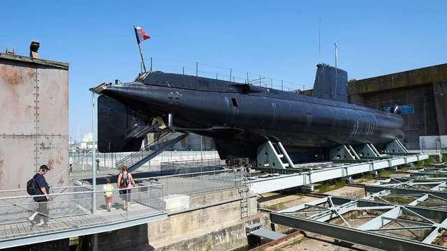 Le Sous-marin Flore-S645 et son Musée