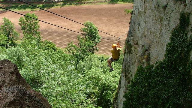Kalapca Loisirs - Escalade et parcours falaises
