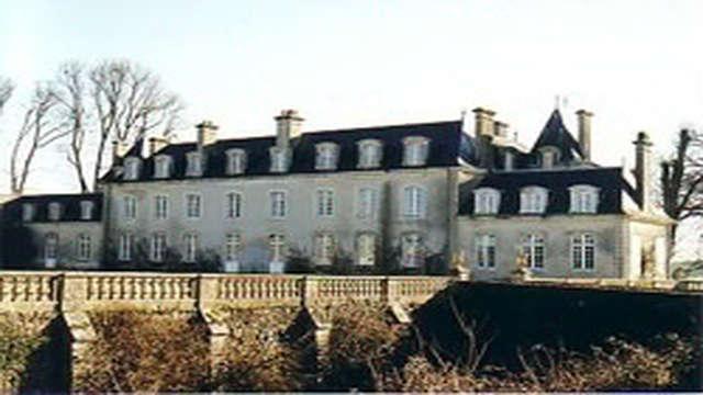 CHAMBRE D'HOTES - CHATEAU DE COULANS