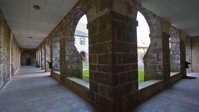 L'abbaye Saint-Jacques