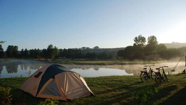 Aire de stationnement et de service du Camping Le Marqueval