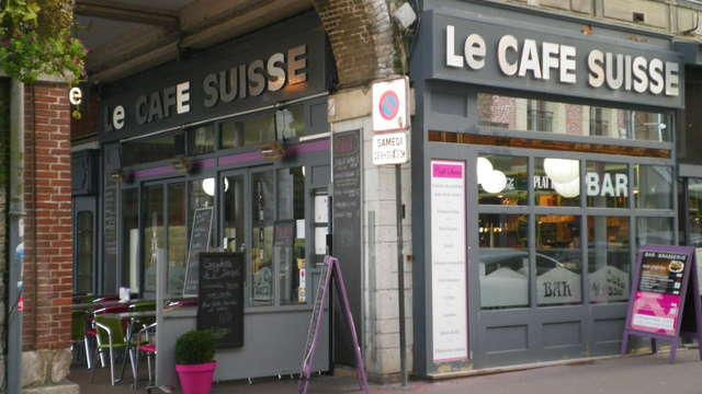 Le Café Suisse
