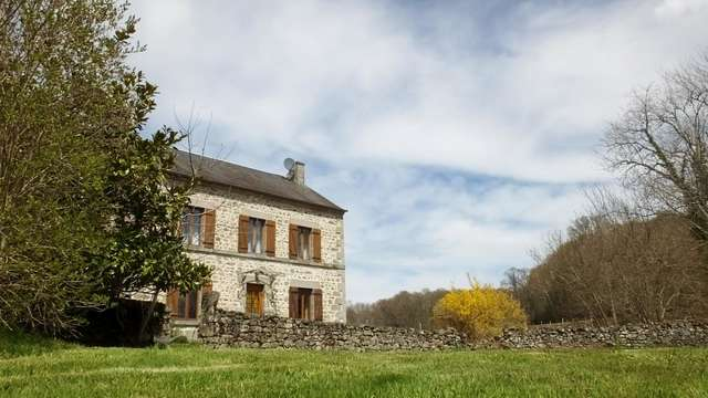 Location Gîtes de France - LE DONZEIL - 6 personnes - Réf : 23G874