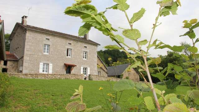 Location Gîtes de France - NEOUX - 6 personnes - Réf : 23G1269