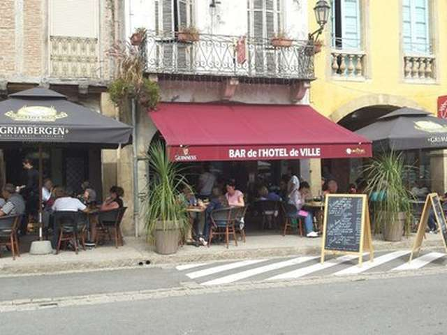 CAFÉ DE L'HOTEL DE VILLE