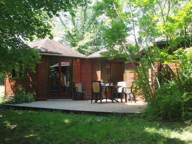 Parc Résidentiel de Loisirs Les Chalets Mirandol Dordogne