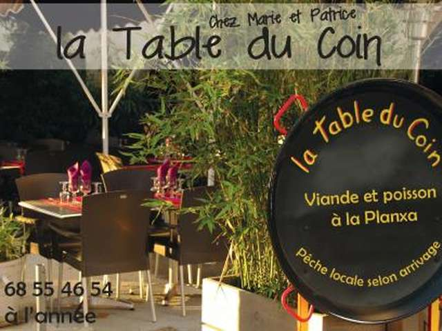 LA TABLE DU COIN