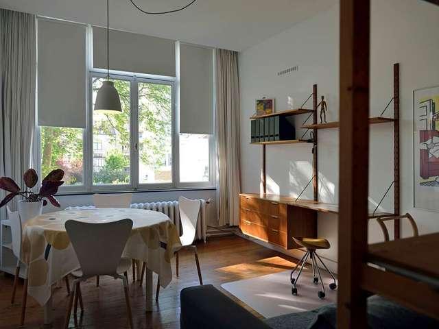 Studio Franz Merjay 1er, studio meublé