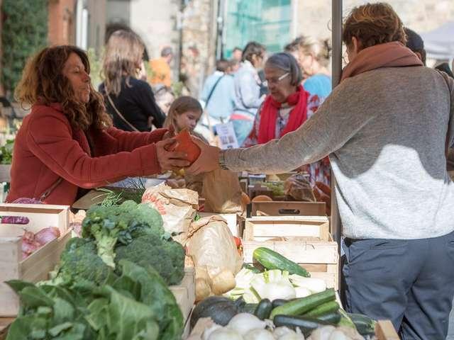 Bio market in Grimaud