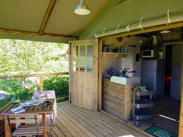 Cabane-Lodge du Camping de Martinière