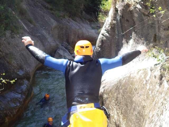 Bureau des guides du Mercantour ,escalade, via ferrata, canyon -