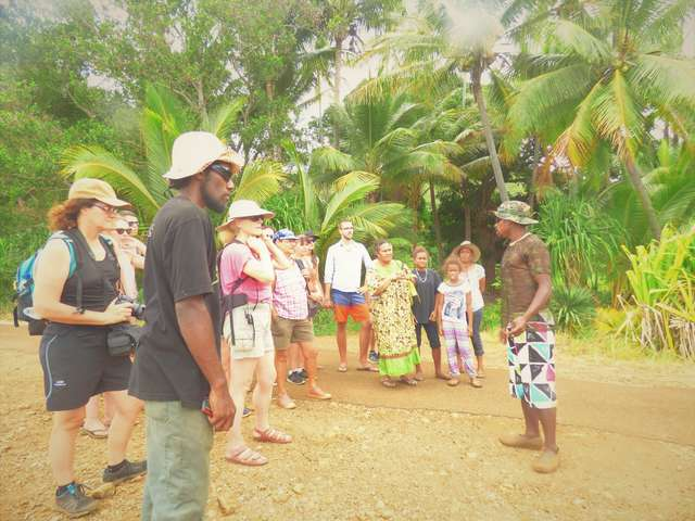 Visite de la Tribu de Grand Borendy