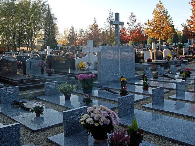 Il était une fois...  visite du cimetière