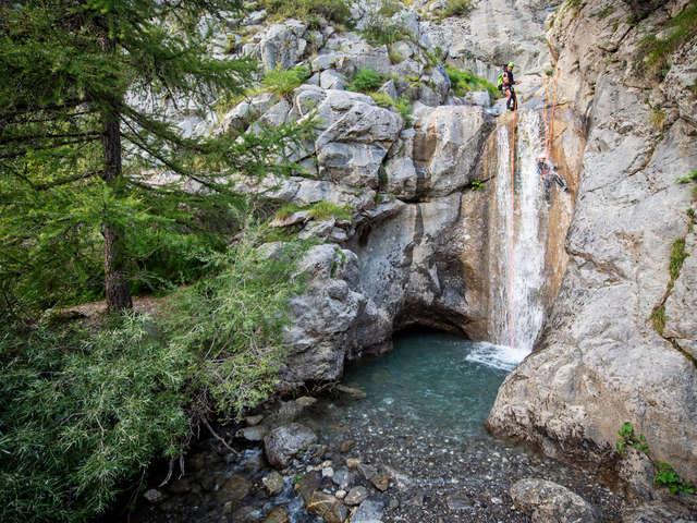 Journée canyon de Rouannette - Bureau des Guides Champsaur Valgaudemar