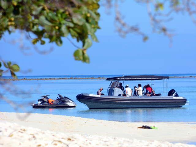 Coconut taxi boat