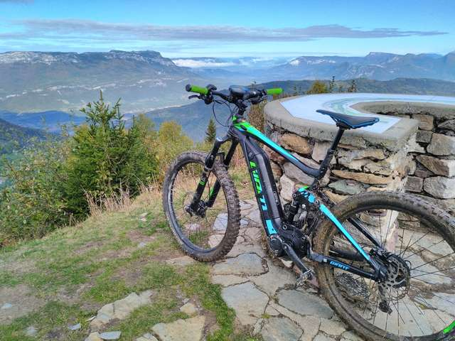 Electric Biking Tours with Ecox