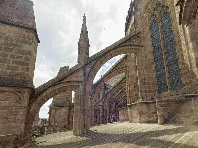 Visite guidée : Les planètes de la cathédrale