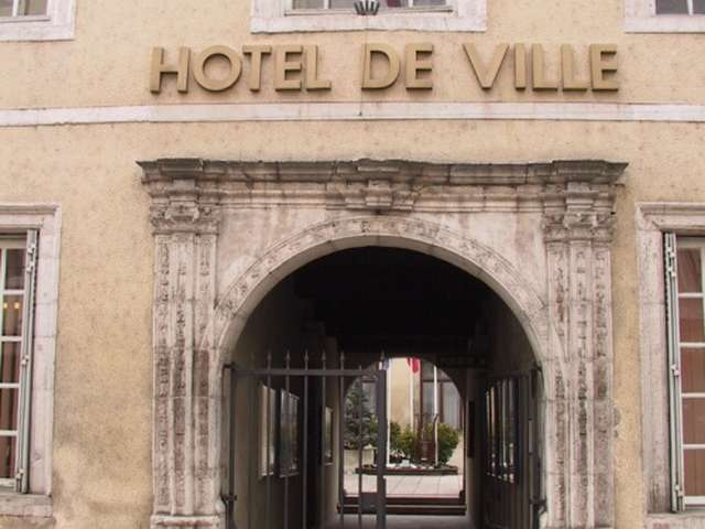HÔTEL DE LIVRON - HÔTEL DE VILLE