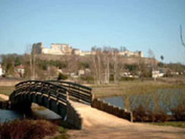 L'étang de Coucy-le-Château