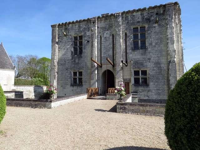 Château de la Chapelle-Bellouin