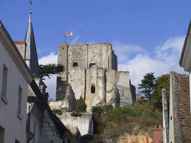 Découverte de la Forteresse et des musées de Montrichard