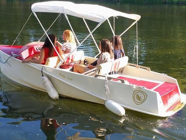 Chenonceaux en bateau électrique