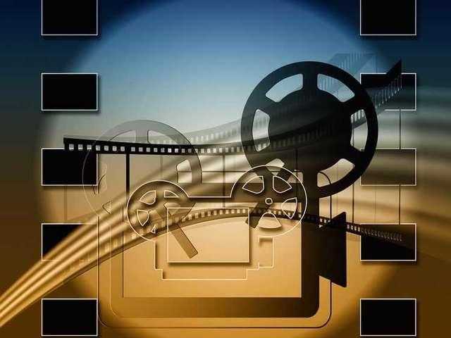 Cinéma en plein air projection sous les étoiles à Ouchamps
