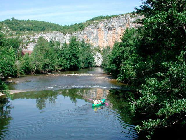 Camping Le Moulin Vieux - Location de Canoë Kayak