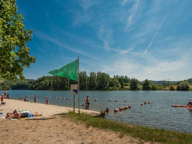 Baignade de Caïx dans la rivière Lot à Luzech
