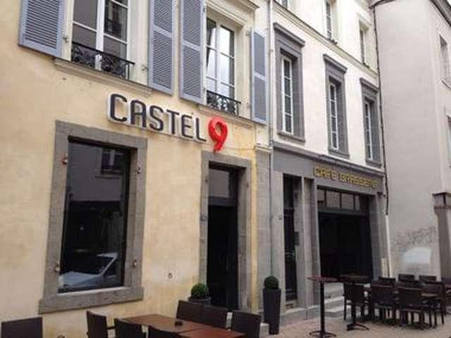 BAR LE CASTEL 9