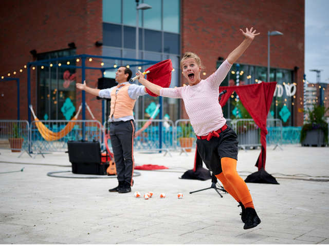 Arts du cirque :  « Stories in the city »