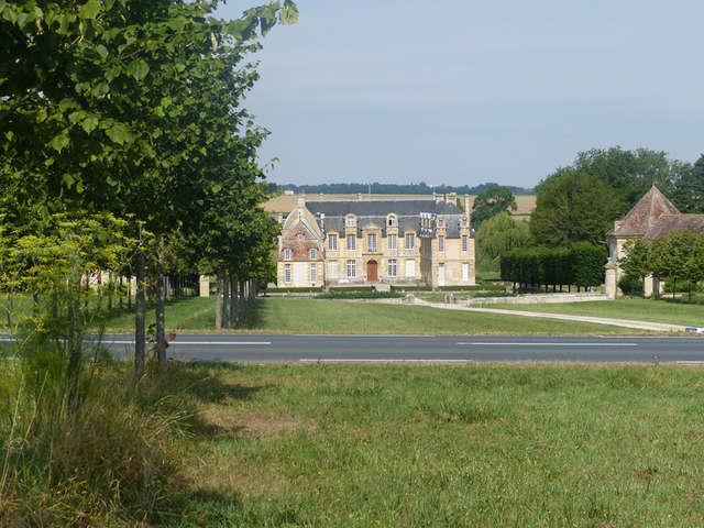 Château de Carel à Saint-Pierre-sur-Dives