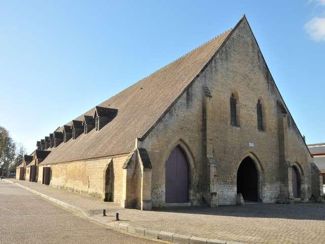 Halle médiévale de Saint-Pierre-sur-Dives
