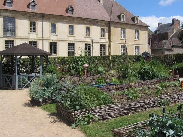 Jardin conservatoire des fleurs et légumes du Pays d'Auge à Saint Pierre sur Dives