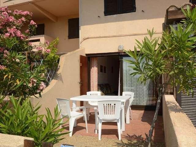 Grand studio avec coin nuit et terrasse en rez de chaussée pour 4 personnes à Port Leucate. Réf: 1MM2_233