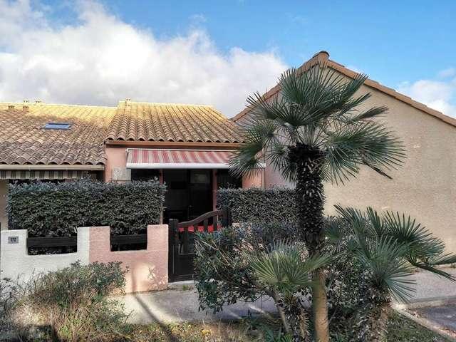 Coquette villa deux pièces mezzanine pour 5 personnes à Port Leucate. Réf: 1MPL_171