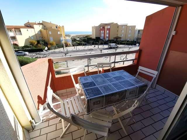 Lumineux appartement deux pièces à Port Leucate. Réf: 1COP_414D