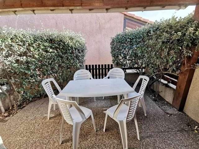 Confortable villa deux pièces mezzanine pour 5 personnes à Port Leucate. Réf: 1MPL_188