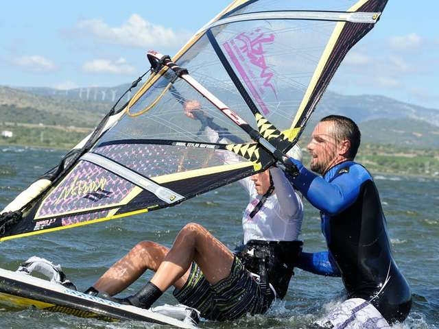 Wesh Center Crew - Ecole de windsurf