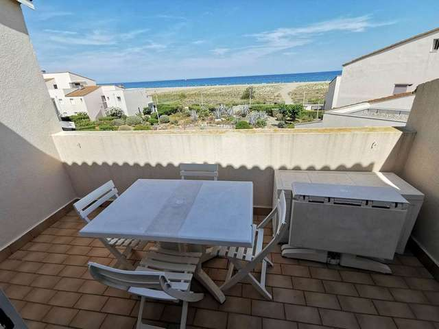 Bel appartement trois pièces avec vue sur mer à Port Leucate. Réf: 1AM_187