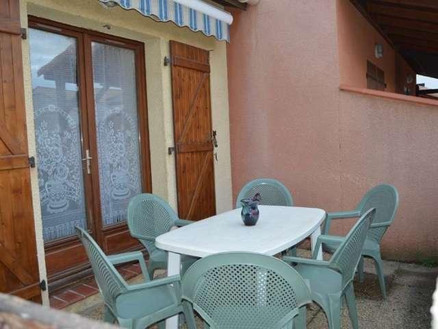 Villa deux pièces mezzanine avec terrasse pour 7 personnes à Port Leucate. Réf: 1MPL_162