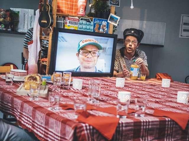 Ma place à table, par les Frères Pablof